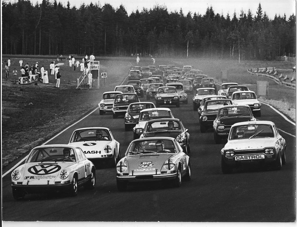 Racingkriget - del 5 om n�r Flash �terigen blev del�gare i STCC